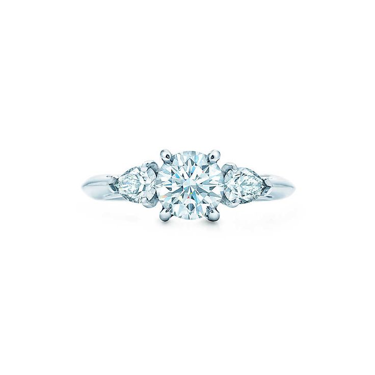 Round Brilliant With Pear-shaped Side Stones Engagement Rings | Tiffany & Co.