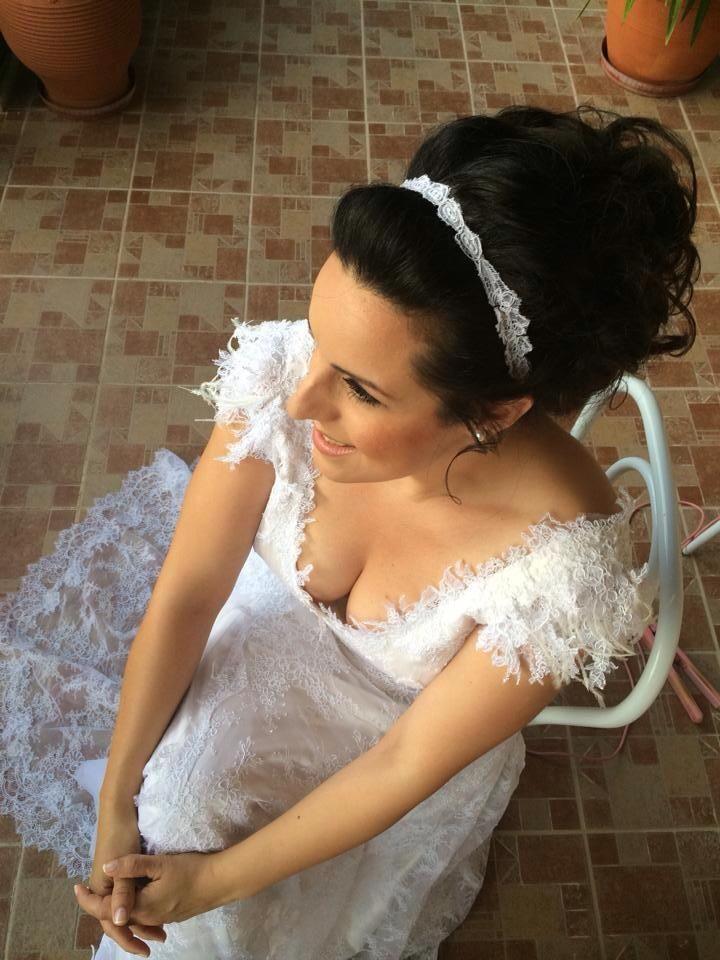 Eleni Kollarou / Lace wedding dress with beautiful details