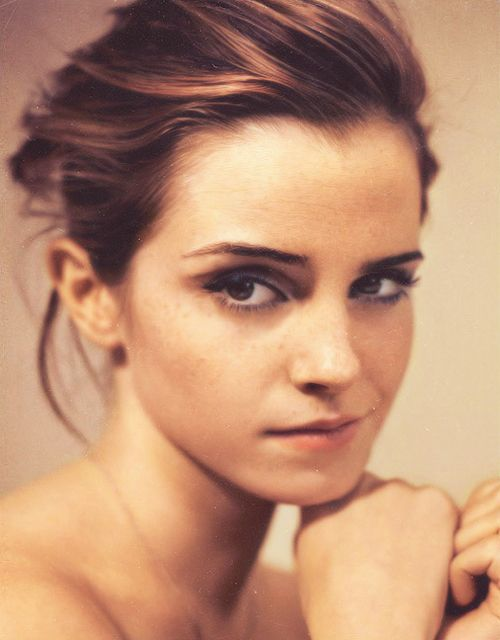 """""""I don't want other people to decide who I am. I want to decide that for myself. I want to avoid becoming something too styled and too 'done' and too generic. You see people as they go through their career and they just become more and more like everyone else."""" ~ Emma Watson"""