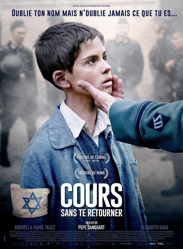 Srulik, un jeune garçon, a 5 ans lorsque la deuxième guerre mondiale débute. Après avoir perdu sa famille, il s'enfuit du ghetto de Varsovie, survivant dans les bois et la campagne polonaise.