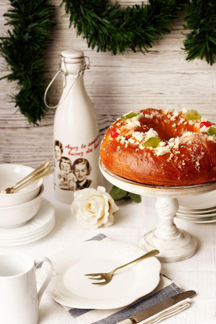Receta de roscon de reyes http://www.cocinaland.com/receta-de-roscon-de-reyes/  @cocinaland