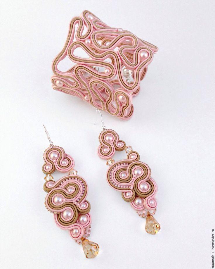 Купить Комплект «Яблоневый Цвет» - бледно-розовый, бежевый, сутаж, сутажная техника, сутажные украшения