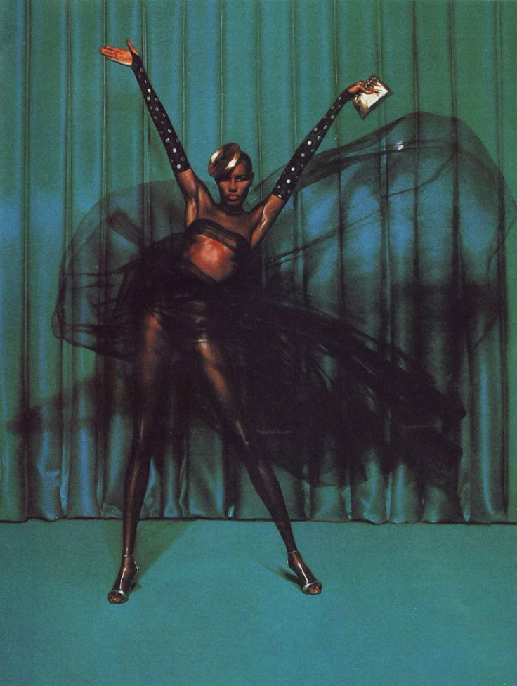 ay! i feel a Gracejones blitz coming on...after those 50's bits...yes plz...or something...wheee!