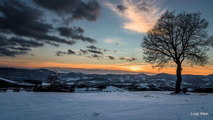 tramonto invernale - colline di San Severino Marche