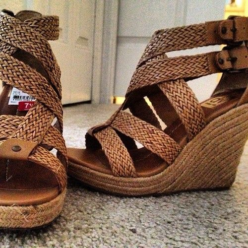 I wish I could pull off wedges...