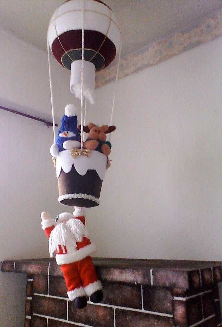 Santa y amigos en globo