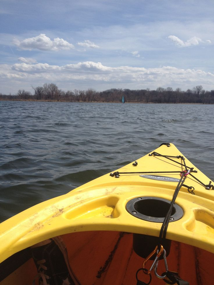 Floating on George Wyth. Cheap kayaks and free state parks make an awesome day.