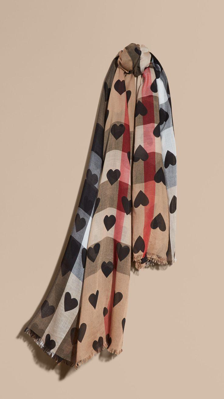 charpes pour femme burberry accessoires pinterest charpes pour femme et cachemire. Black Bedroom Furniture Sets. Home Design Ideas