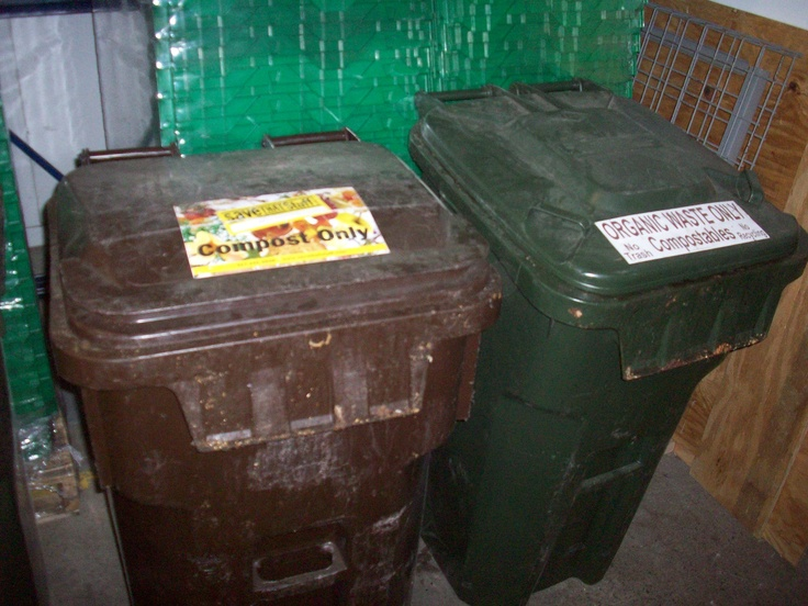 Heavily used compost containers