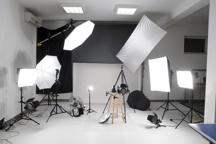 Buying the extra photo equipment you need doesn't have to be as expensive as you think. Find out how in this article.