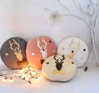 Cojines navideños con renos | Aprender manualidades es facilisimo.com