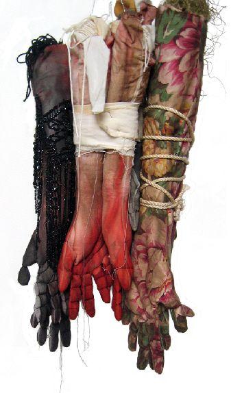 Cécile Dachary - Les mains liées, 2006