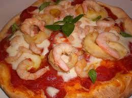 #Pizza ai #gamberetti  -  Pizza with shrimps - prezzemolino.com