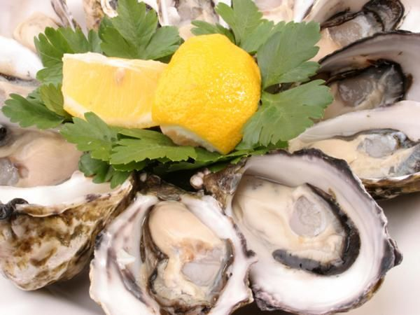 13 Foods That Fight Stress: Oysters http://www.prevention.com/mind-body/emotional-health/13-healthy-foods-reduce-stress-and-depression?s=13