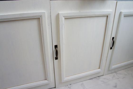 扉。セリアのフレームをくっつけてモールディング風 DSC01116.jpg