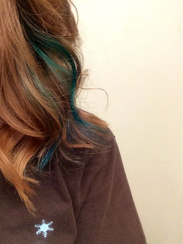 Teal streak in hair. #curlyhair #teal #bluehair #pretty