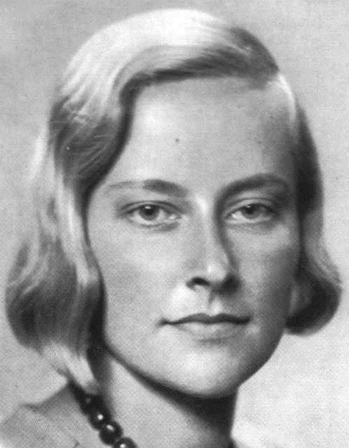 Nordid Swedish woman