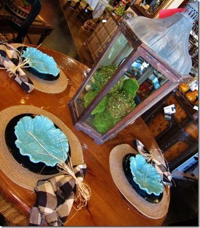 Aqua table setting
