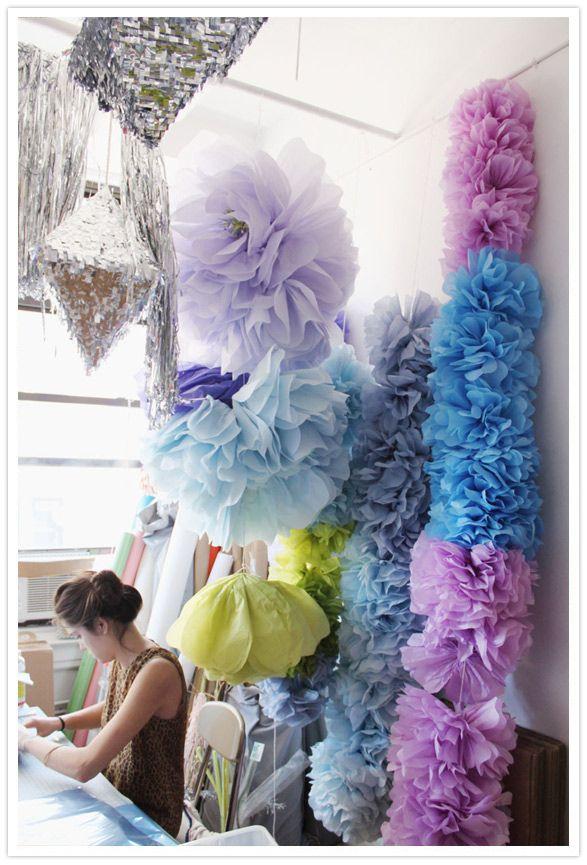 Beautiful: Paper Garlands, Confettisystem, Pompom, Paper Flower, Parties, Flower Garlands, Tissue Flower, Pom Pom, Confetti System