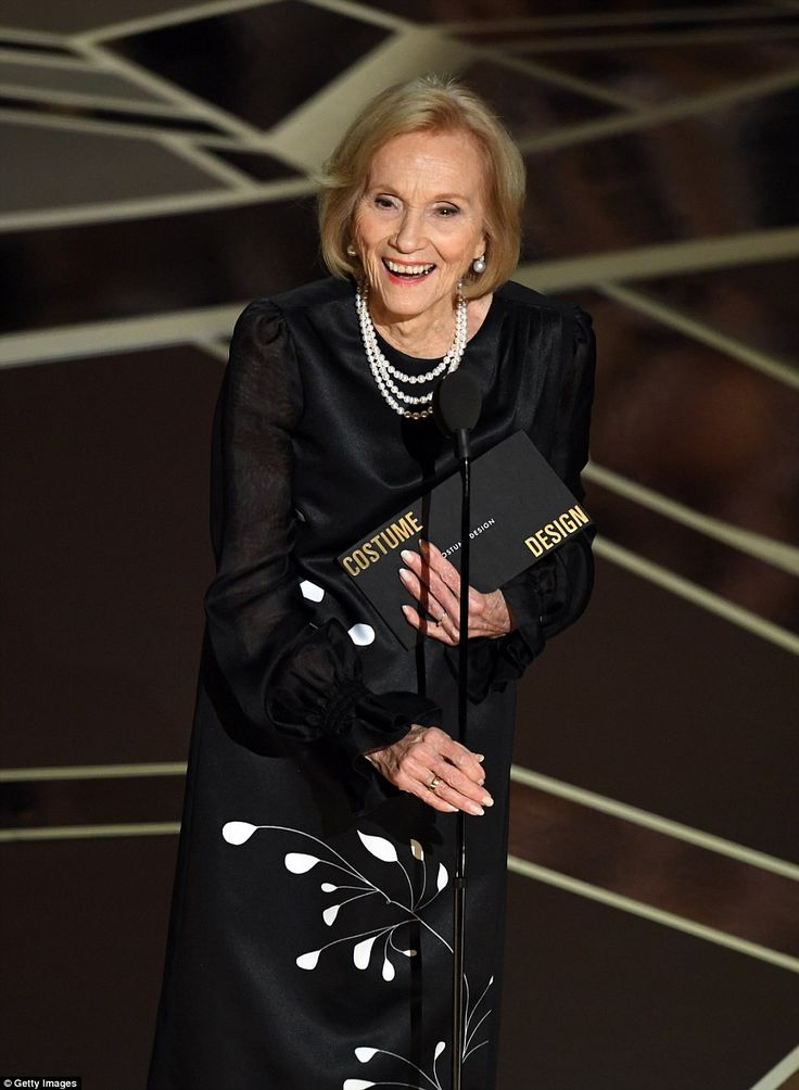 Legend: Eva Marie Saint presented at the gala as she dedicated her appearance to her recen...