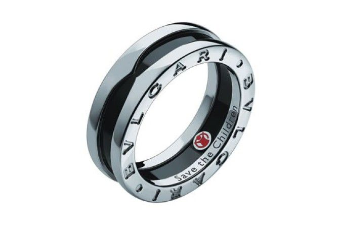 JOIAS Homens se rendem a anéis, braceletes, brincos e correntes Sexo masculino se torna a nova — e cobiçada — fatia de consumidores das joal...