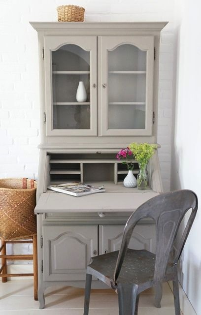 Photo by Fiona Drost Frans secretaire