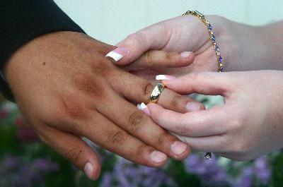 Significado dos anéis nos dedos | eHow Brasil