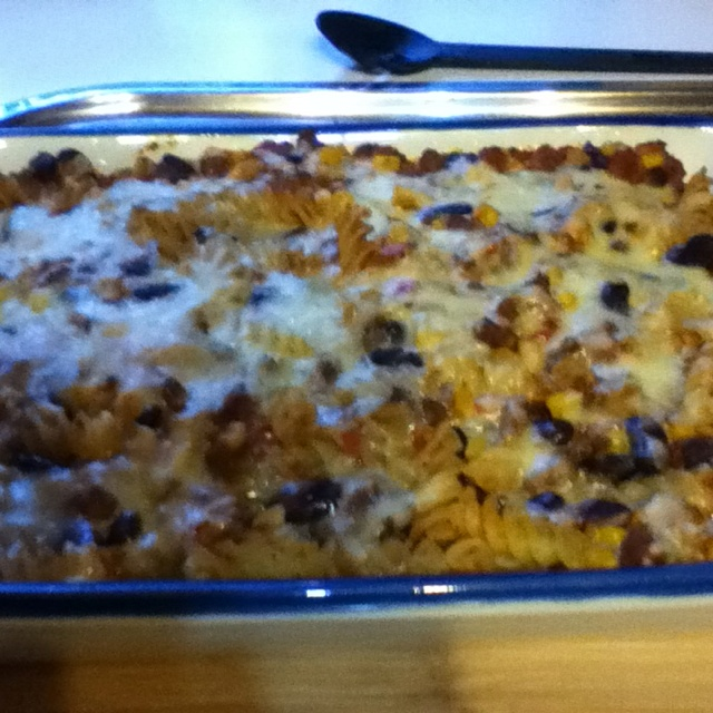 Weight Watchers Chilli Beef and Bean Pasta Bake from the new Food You'll Love! Absolutely delicious! Yummy comfort food!