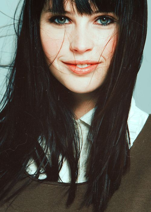1000 images about for girls with black hair blue eyes