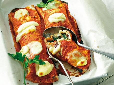 #vegetarianTortillas Wraps, 15 Hearty, Huffington Post, Cheese Tortillas, Hearty Vegetarian, Healthy Recipe, Baking Vegetables, Recipe Photos, Vegetarian Recipes