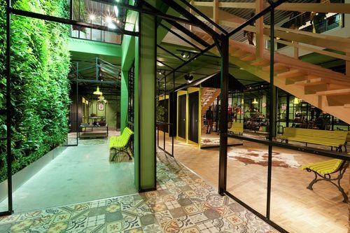 Inside Information - Ontwerp King George naar finale retailprijs