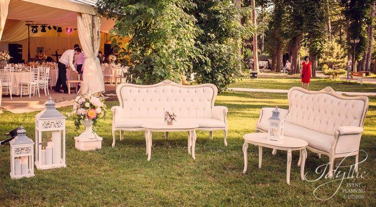 Elegant lounge decor | nunta Palatul Mogosoaia, - design si decor eveniment Idyllic Events Romania