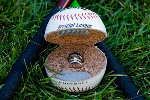 proposed by cutting a baseball in half...so creative!!: Weddings Rings, Baseb Weddings, Rings Boxes, Cute Idea, Future Husband, Propo Idea, Rings Bearer Pillows, Baseb Engagement, Engagement Rings