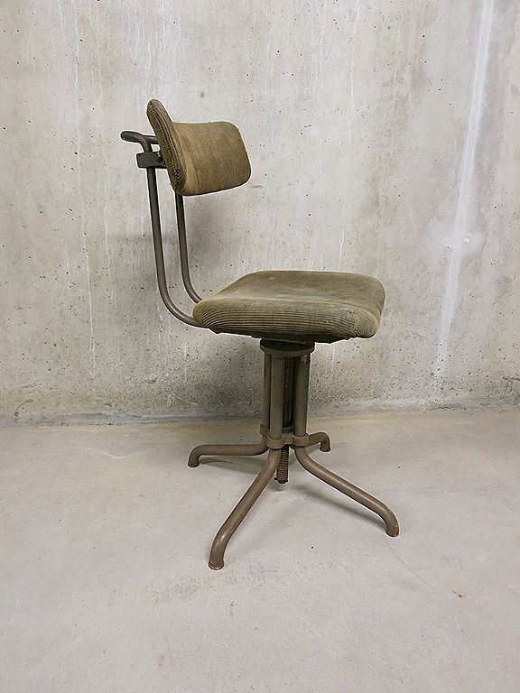 107 beste afbeeldingen van stoelen tafels kasten for Bauhaus stoel vintage