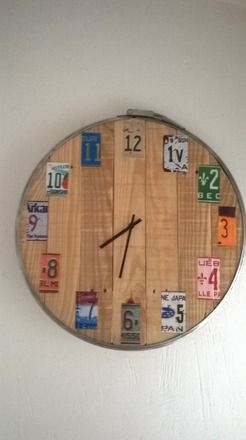 les 25 meilleures id es de la cat gorie horloge en bois sur pinterest horloges de bois. Black Bedroom Furniture Sets. Home Design Ideas