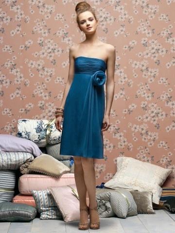 (NO.018766 )Sheath / Column Strapless Hand-Made Flower Sleeveless Knee-length  Chiffon Blue Bridesmaid Dress / Cocktail Dress / Homecoming Dress