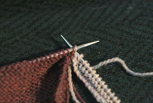 how to add a border to a knitted blanket