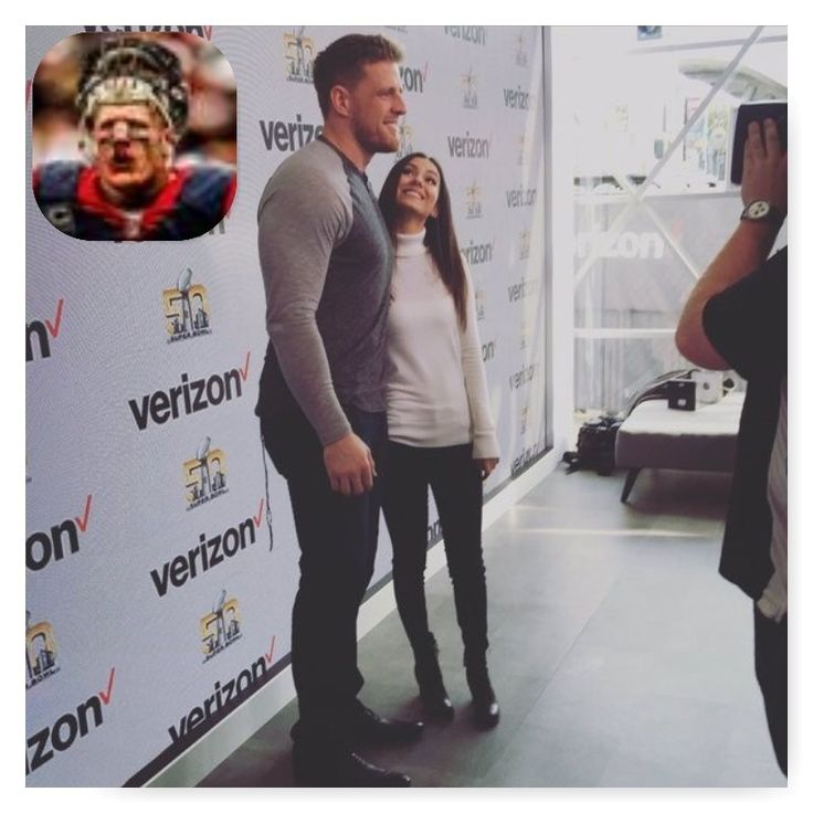 Victoria Justice ARG Retweeted     JJ Watt ‏@JJWatt  · 4h4 hours ago   @VictoriaJustice the pleasure was all mine, you're a natural.      View conversation      28 retweets   159 likes        Reply        Retweet    28              Like   159               More                   ... ... ... ... ... ... ... ... ...  _____________________________   Victoria Justice ARG Retweeted     JJ Watt ‏@JJWatt  · 4h4 hours ago   Almost the same height @VictoriaJustice