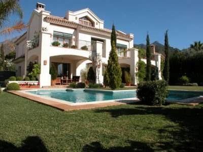 Villas for Sale (MD2771207) -  #Villa for Sale in Marbella, Andalucia, Spain - #Marbella, #Andalucia, #Spain. More Properties on www.mondinion.com.