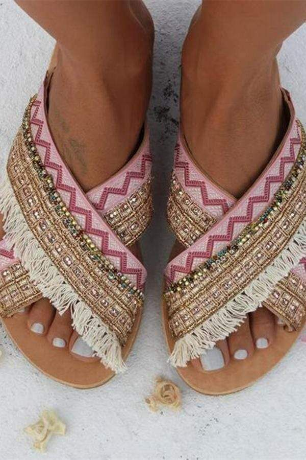 8eceac481cc4e Fashion Vintage Bohemian Flat Slippers sandals summer sandals boho sandals  cute sandals outfit pretty sandals casual sandals #sandalssummer #boho ...