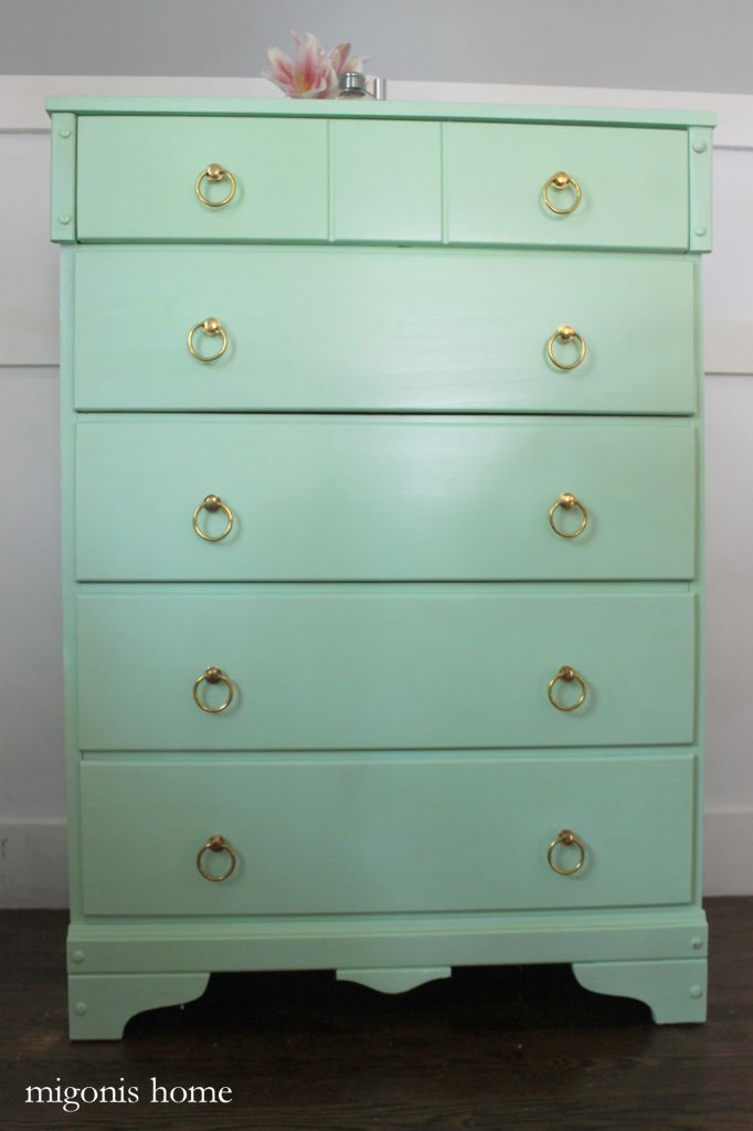 Jen used one of our most popular pieces of restoration hardware on a new mint green dresser. She decided to leave the back plate off and the result is awesome.