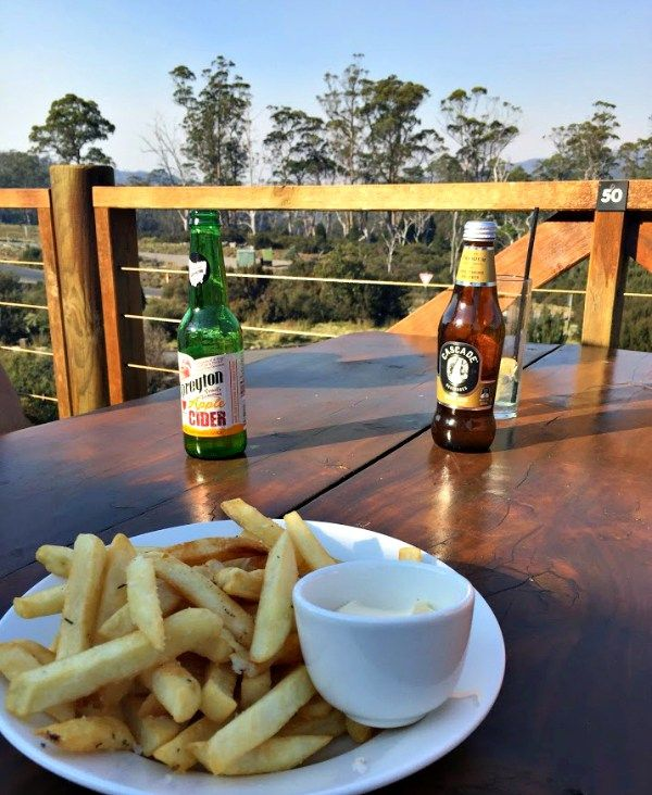 Enchanted Walk, Drinks at Cradle Mountain Lodge ~ article and photo for think-tasmania.com ~ #Tasmania #CradleMountain #Peppers #CradleMountainLodge #NationalPark