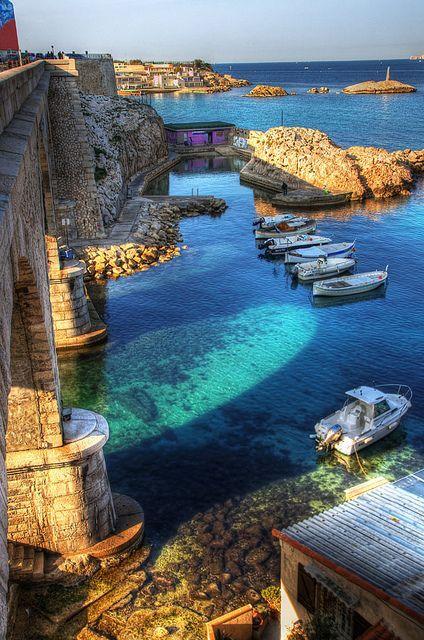 Le port de #Marseille et ses #couleurs #atypiques !