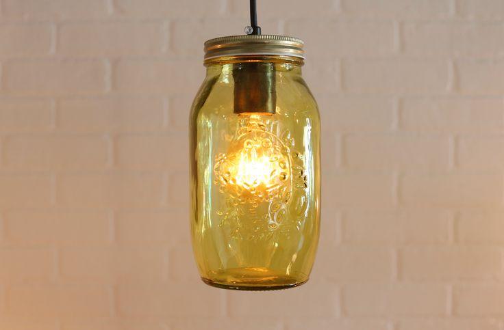 Dale un toque único a tu hogar con mucha luz al estilo vintage.
