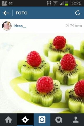 RASPBERRIES AND KIWI