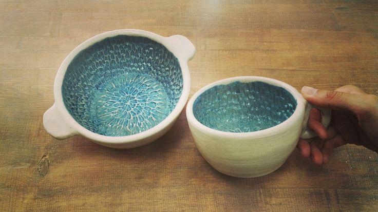 Керамические супница и кружка из белой глины