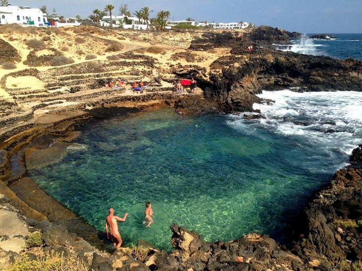 Charco del Palo - Mala -Lanzarote - Islas Canarias - Zona nudista.