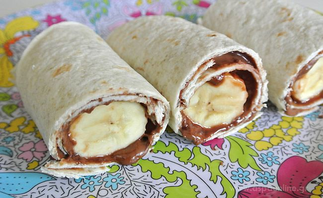 Ένα λαχταριστό γλυκό με βάση τη μπανάνα. Έτοιμο σε λιγότερο από ένα λεπτό, υγιεινό και πεντανόστιμο. Μπορεί να σερβιριστεί μετά το φαγητό, για απογευματινό σνακ ή και για κολατσιό στο σχολείο. Τα παιδιά μπορούν να το φτιάξουν και μόνα τους!  Υλικά για ένα μπουρίτο: 1 μεξικάνικη πίτα τορτίγια 1 μπανάνα Πραλίνα φουντουκιού  Οδηγίες [...]