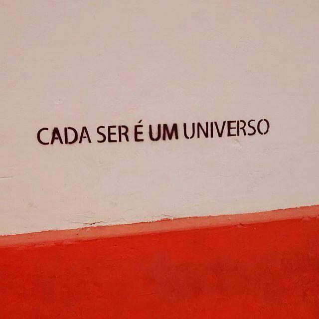 """""""Cada ser é um universo!"""" #olheosmuros • #Repost @jessicadefigueiredo  ・・・  Teófilo Otoni,..."""