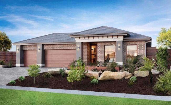 Simonds Group Display Homes: Flinders - St. Ives Facade. Visit www.localbuilders.com.au/display_homes_victoria.htm for all display homes in Victoria